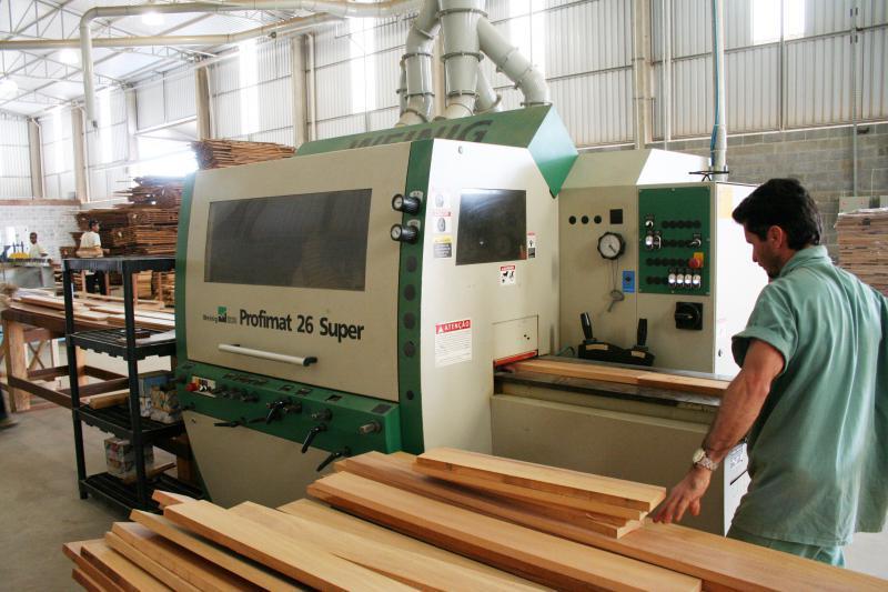 Indústria de piso de madeira